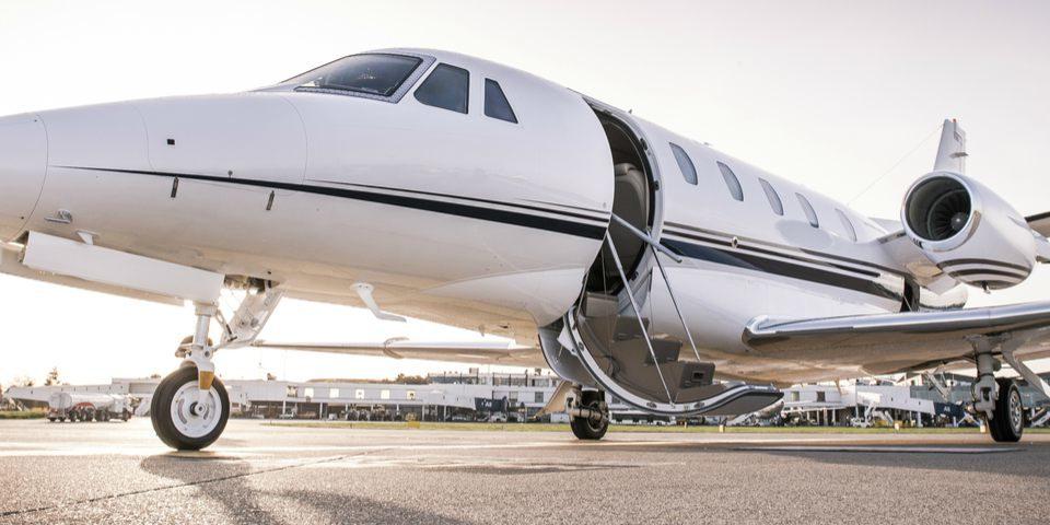 «Никакой особой роскоши…» Кто летает на Урале частными самолетами?